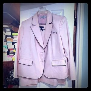 Tahari Pale pink with black piping 2 piece suit